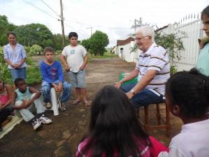 PAEM Conego Goiabeira com escritores 003