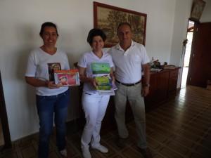 Doação livros do projeto Semeando Livros pelo mundo afora...ao programa leitura Debaixo da Goiabeira!